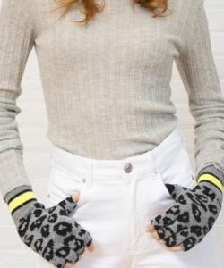 Sporty Leopard fingerless gloves Cement Highlighter Autumn Cashmere