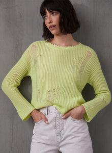 Distressed Shaker Knit Sweater RT12354 Glowstick Autumn Cashmere Model