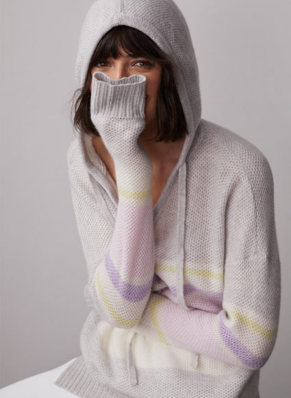 Honeycomb Hoodie RT12404 Fog Peony Combo Autumn Cashmere model